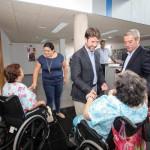 Icod de los Vinos-Visita Centro Sociosanitario-Usuarios trasladados2013-1