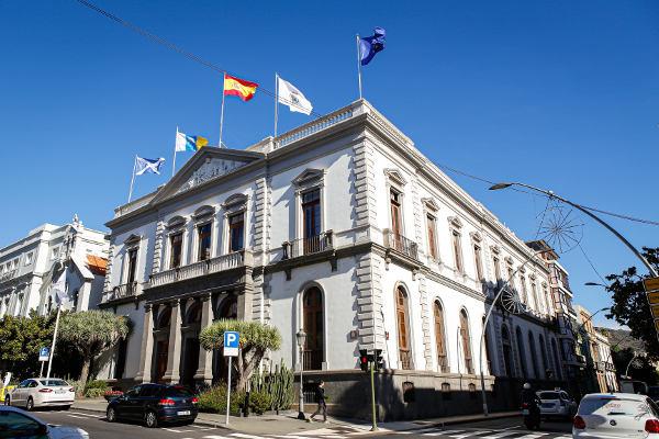 Santa Cruz abona facturas por medio millón de euros a proveedores