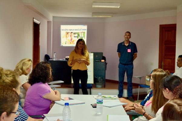 Cursos online para las empresas y servicios turísticos de la isla