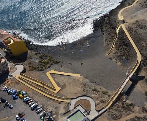 El paseo costero entre San Miguel y Los Abrigos queda finalizado