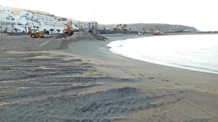Arona trabaja para abrir sus playas a partir del lunes