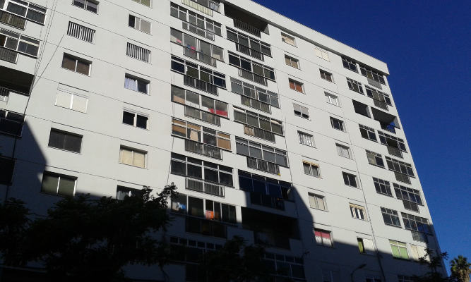 Se renueva el aspecto y resuelve problemas estructurales de 176 vivienda