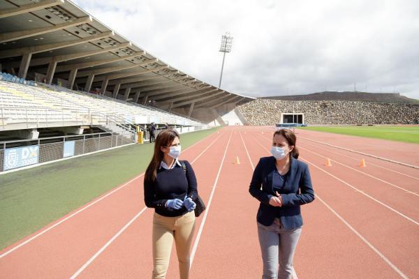 El Centro Insular de Atletismo abre con cita para los deportistas federados