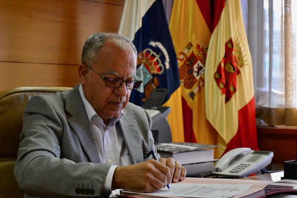 Canarias sabe a plátano, por Casimiro Curbelo Presidente La Gomera