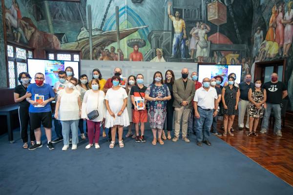 Giro Arte presenta su poemario audiovisual 'La isla inventada'