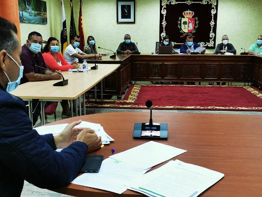 Bajada histórica de tasas e impuestos en el Municipio de Antigua