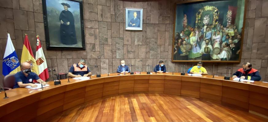 Asociaciones de voluntarios y Cabildo atienden las emergencias