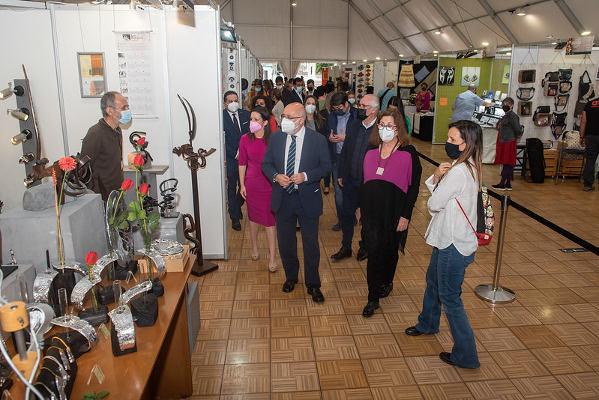 La Feria Regional de Artesanía abre sus puertas con 104 puestos
