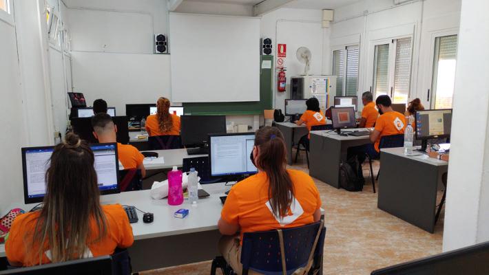 Plazas libres gratuitas en el proyecto Afedes Activa el Empleo