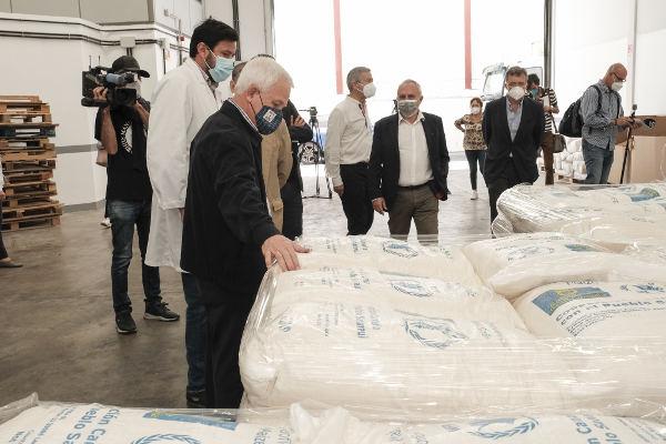 Envío de 1.200 toneladas de gofio para los campamentos saharauis