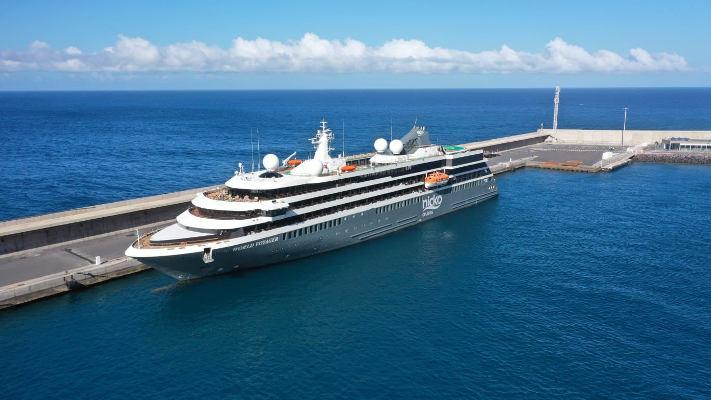 El Puerto de Vueltas recibe el primer crucero postcovid