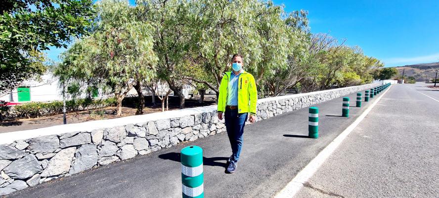 Obras de accesibilidad en el pueblo de Uga financiadas por el Cabildo