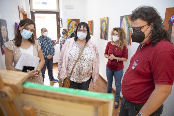 Mujer 2021, muestra artística del alumnado del taller Giro-Arte
