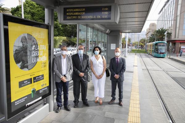 Convenio de colaboración del Cabildo y la AECC en el tranvía
