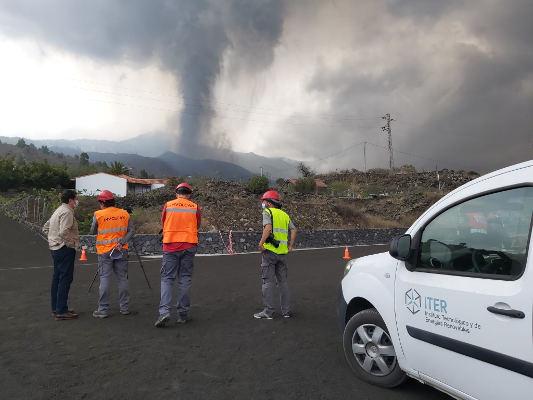 Se amplía el dispositivo destinado a La Palma para ayudar en la limpieza