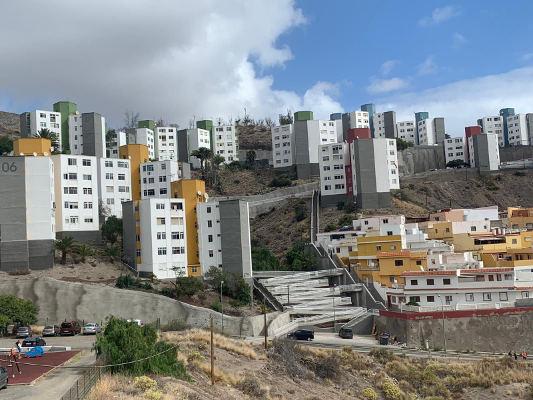 Finalizan las obras de mejora y accesibilidad de las vivienda de El Lasso